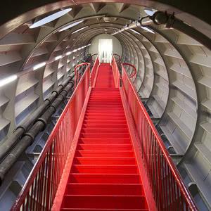 Skola Travel Okul Gezileri Atomium Merdivenler