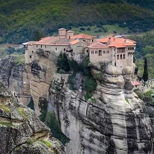 Skola Travel Okul Gezileri - Blog Kalambaka Meteora kayalıklar ve manastır
